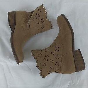 Unisa ankle boots with cut outs.